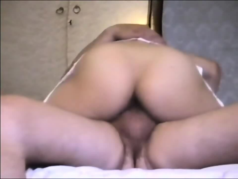 Granny giving good slow blowjob