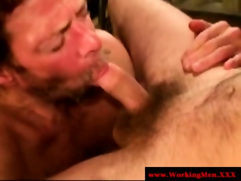 Dirty Redneck Dude Getting Facialized