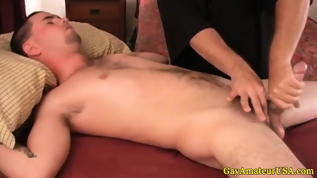 Straight Amateur Excited By Gay Handjob