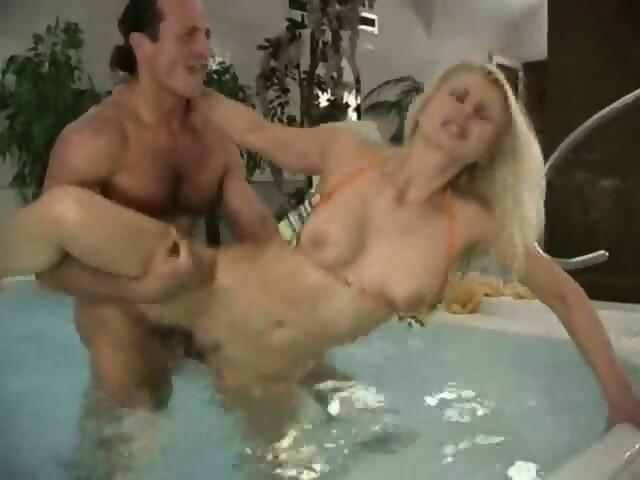 Sex In Whirlpool