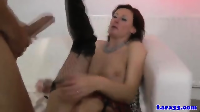 Cocksucking glam milf shares dick in threeway 7