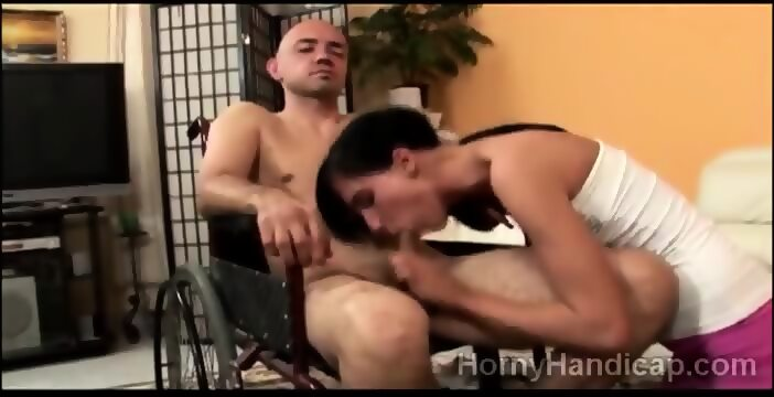 Handicap blowjob