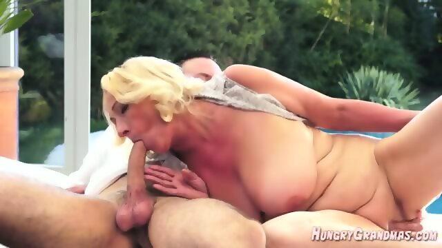 Raw latina pussy
