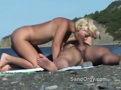 Sex on the beach hidden cam