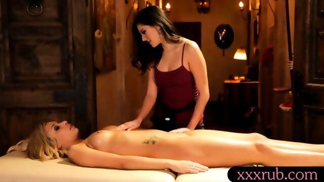 Lesbian Clit Massage Orgasm