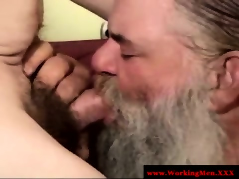Redneck Straight Mature Takes Facial