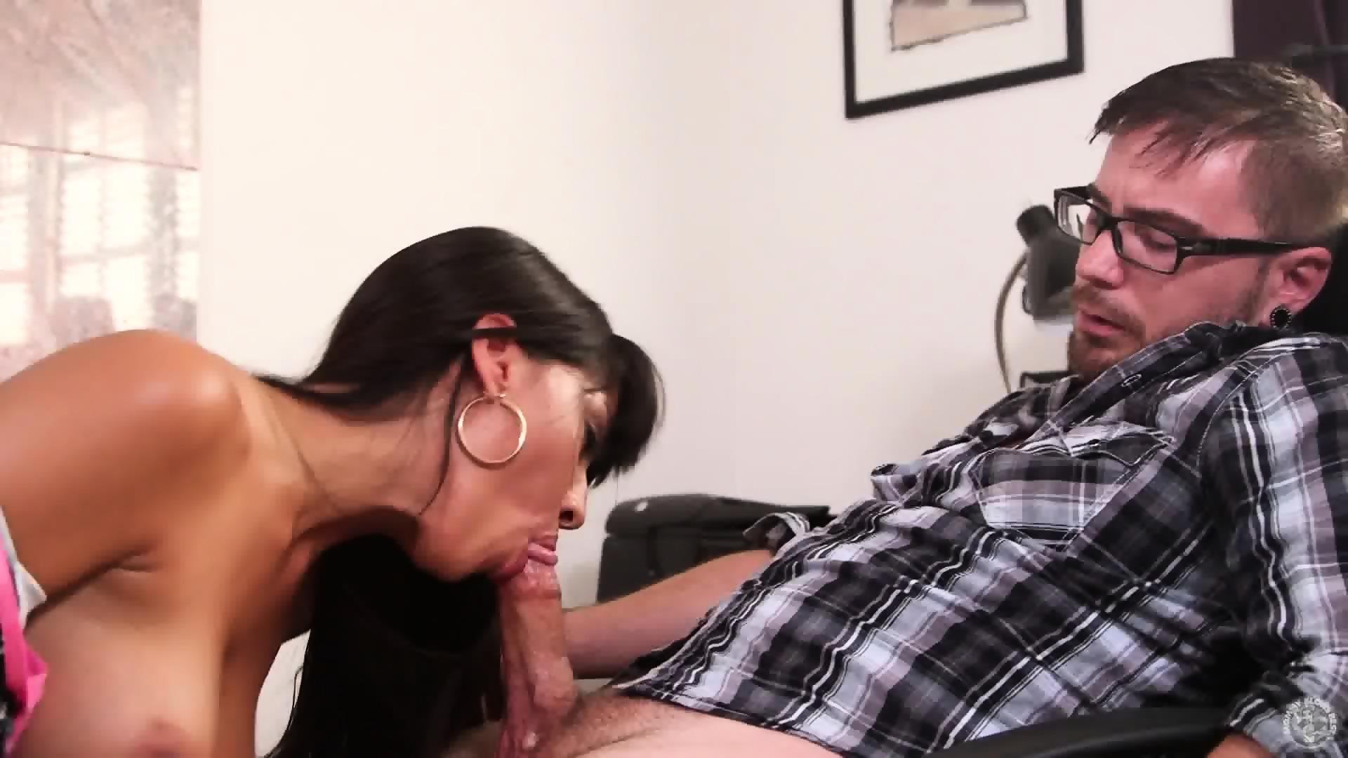 Mature latina sucks cock