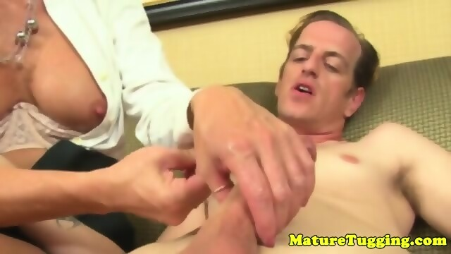 Milf chris really loves getting fucked 2