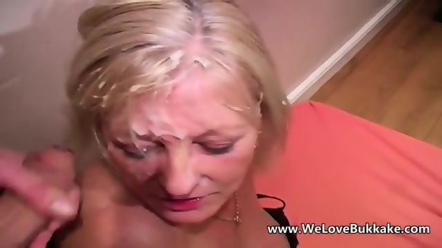 Mature slut fucks boy