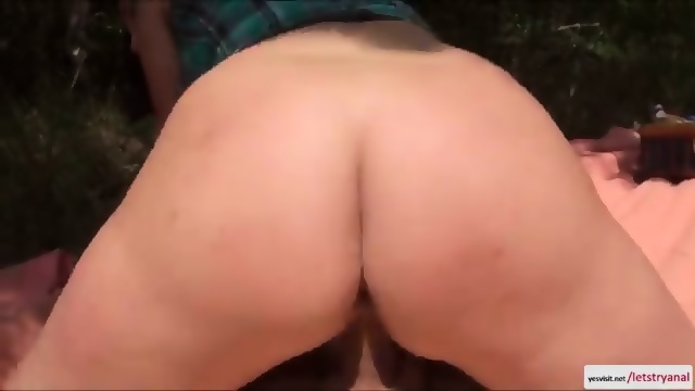 Pretty lesbian porn