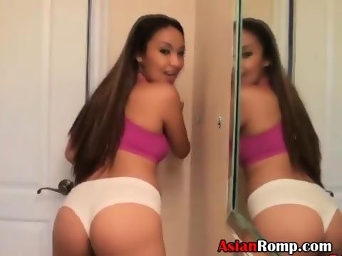 Young Ebony Thot Sucking Dick
