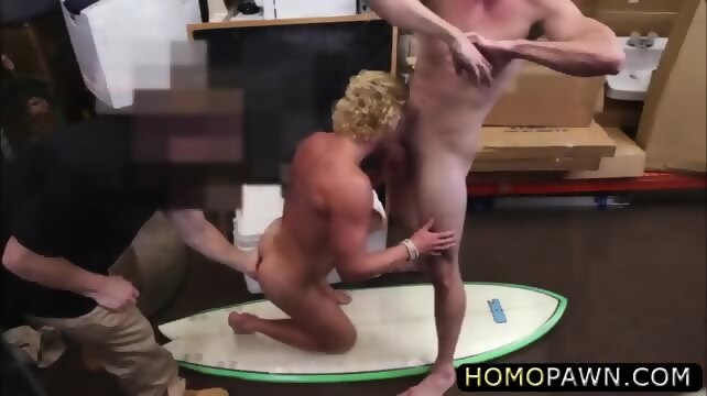 Cockloving Black Hunk Gets His Ass Screwed