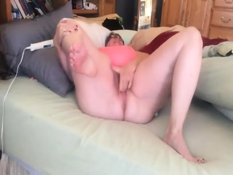 Amateur busty porn wife