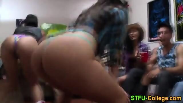 Cunt lickin porn around