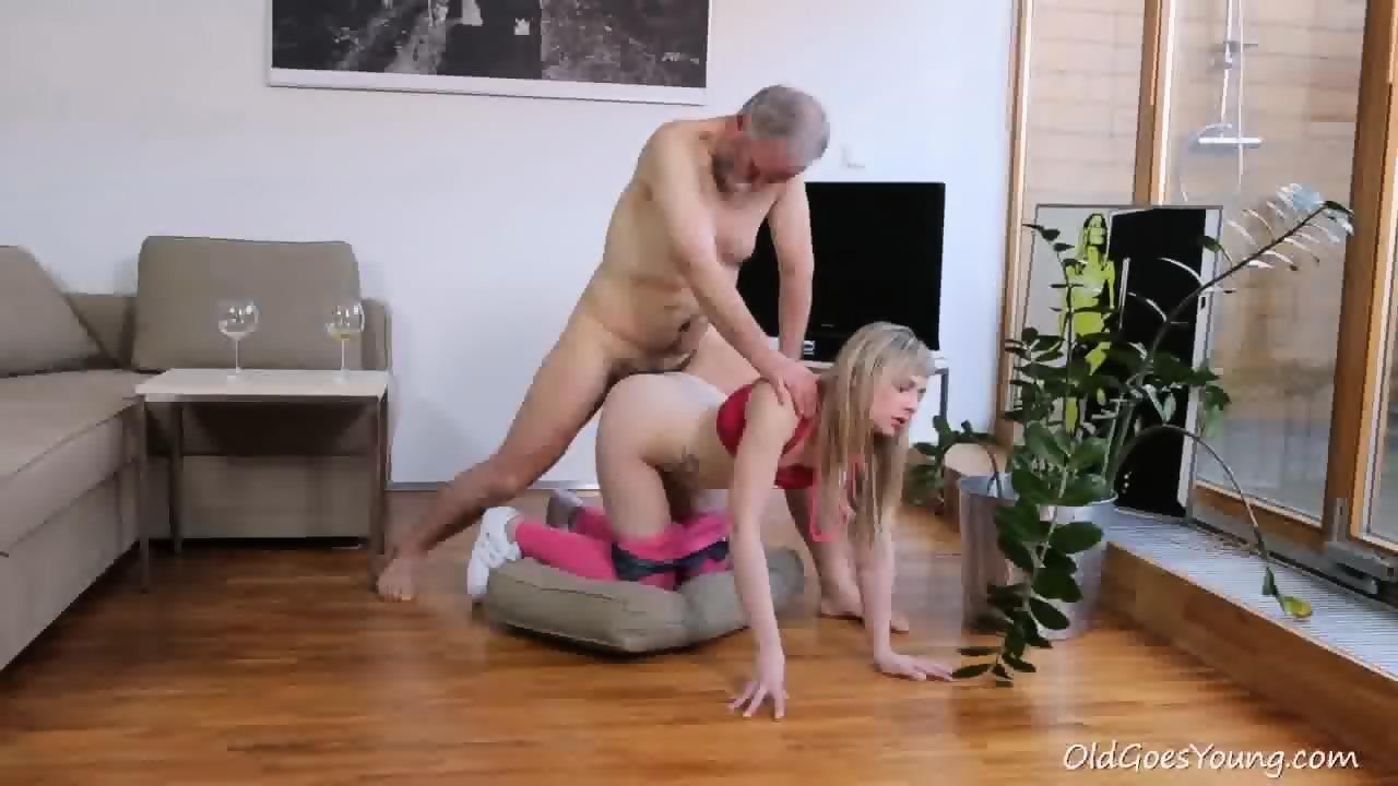 Girl porn with dildos