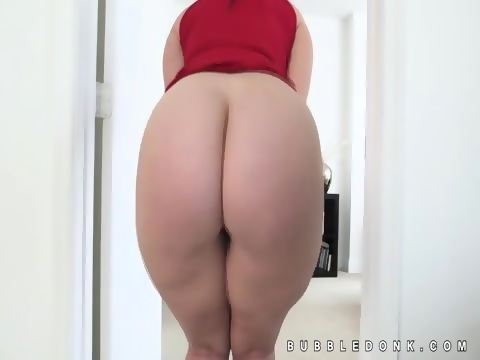 Cheeky girl s hot nude