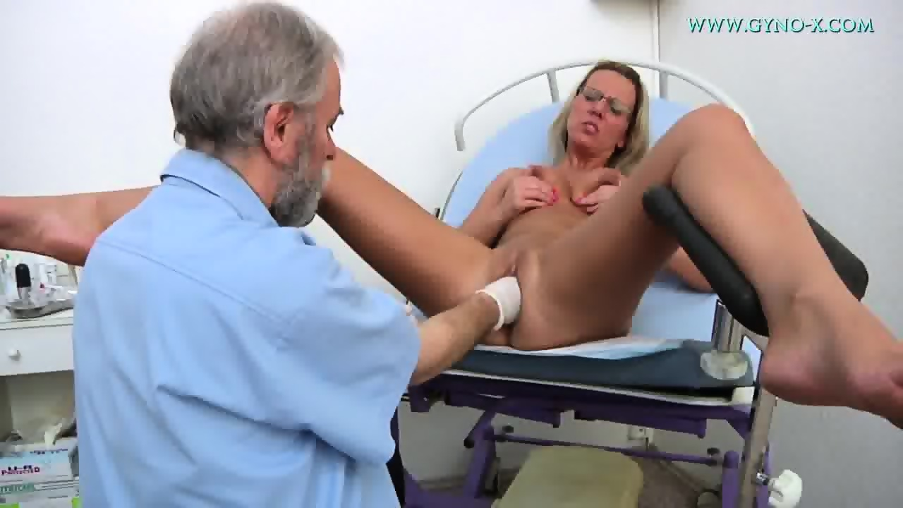 Dick caress girl porno