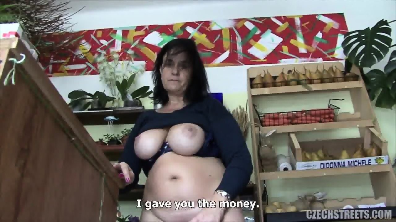 Mature tits huge
