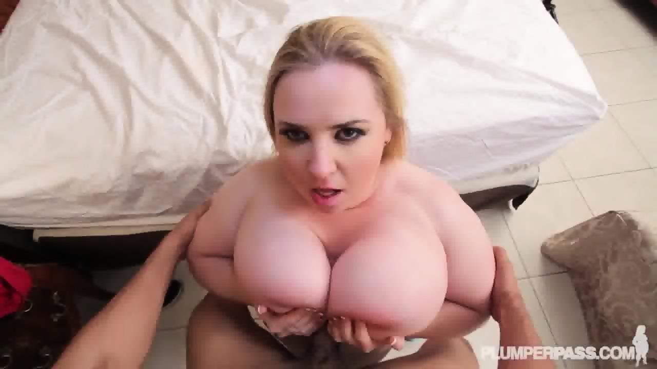 Blonde Milf POV Cam Show