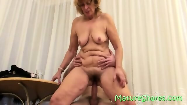 Fucking hairy mature plump