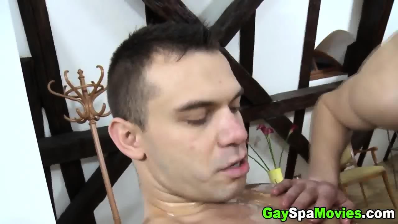Straightys dick licked