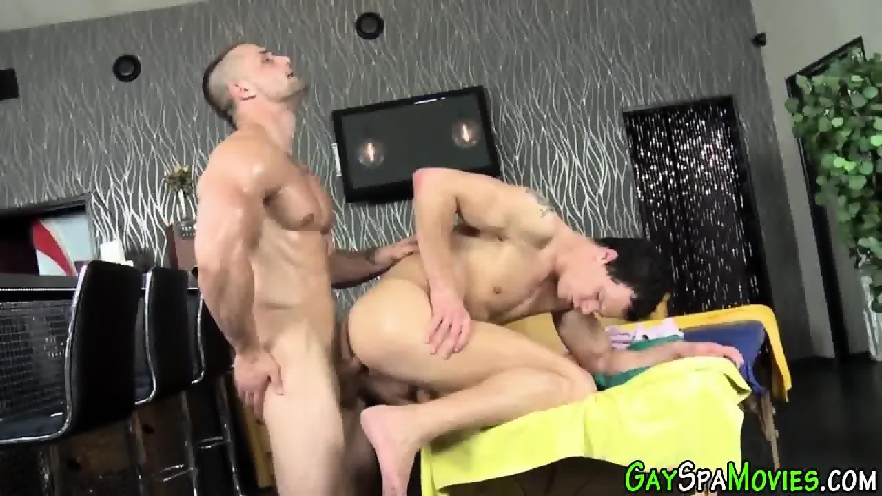 Buff Amateur Ass Railed