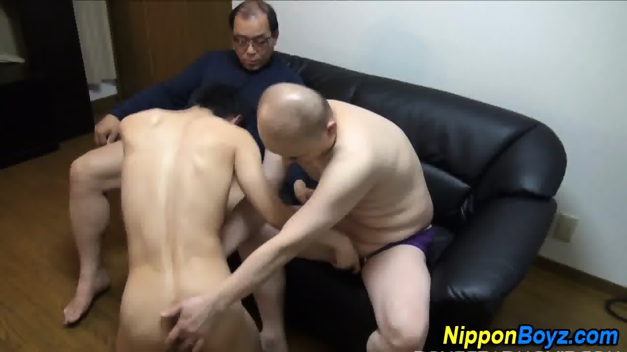 Japanese Twink Tugging