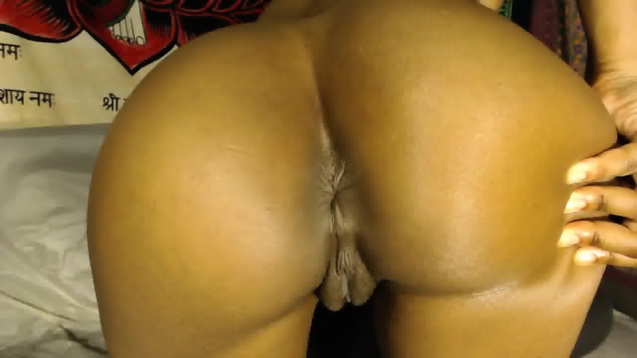 Big hanging mature elder tits