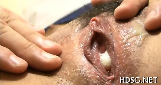 Lesbian babe facesitting after pussylicking