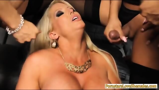 Hot American Amateur Young Shemale Pussy Licking 16643DD7598-1003E - HD WebcamSpies.Com