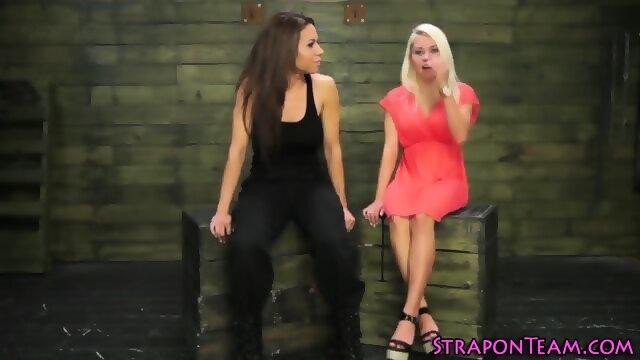 WENDY: Dutch girls peeing videos