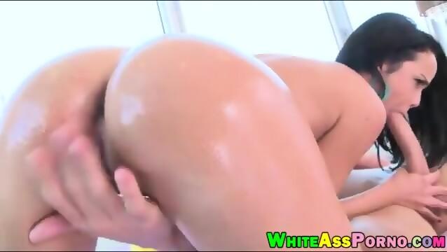 Teen porn star cassie