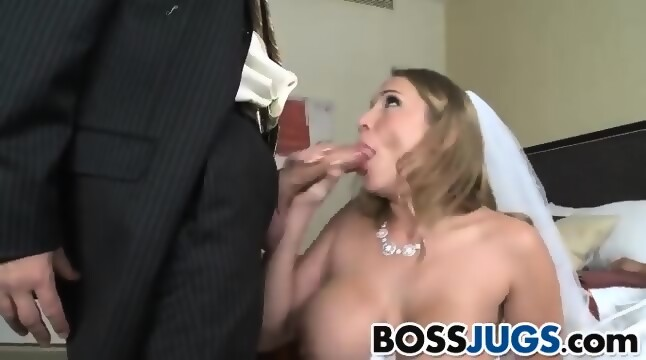 Hot babe in high heel fuck hard
