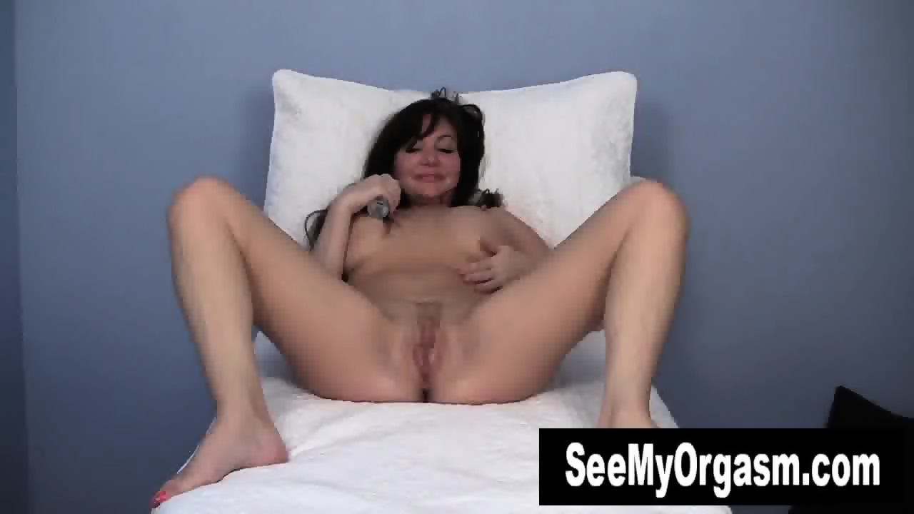 want Blondie Gets It In The Ass adventurous, highly sensual