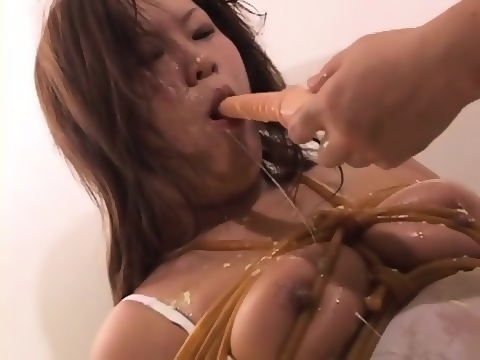 Amateur deepthroat and vomit