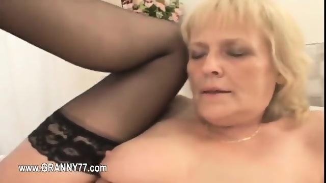 Teens swallowing cock in public