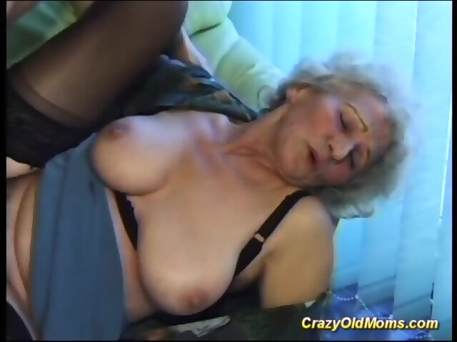 Busty mom deepthroat