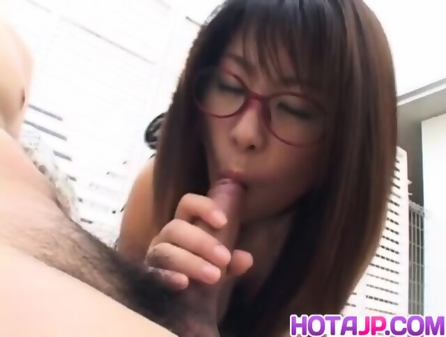 Mimi kousaka with specs licks hard penis - 5 6