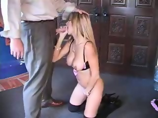 Alleen recommends Wife blowjob clip