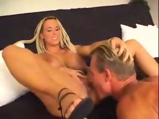 Sexy blonde milf videos