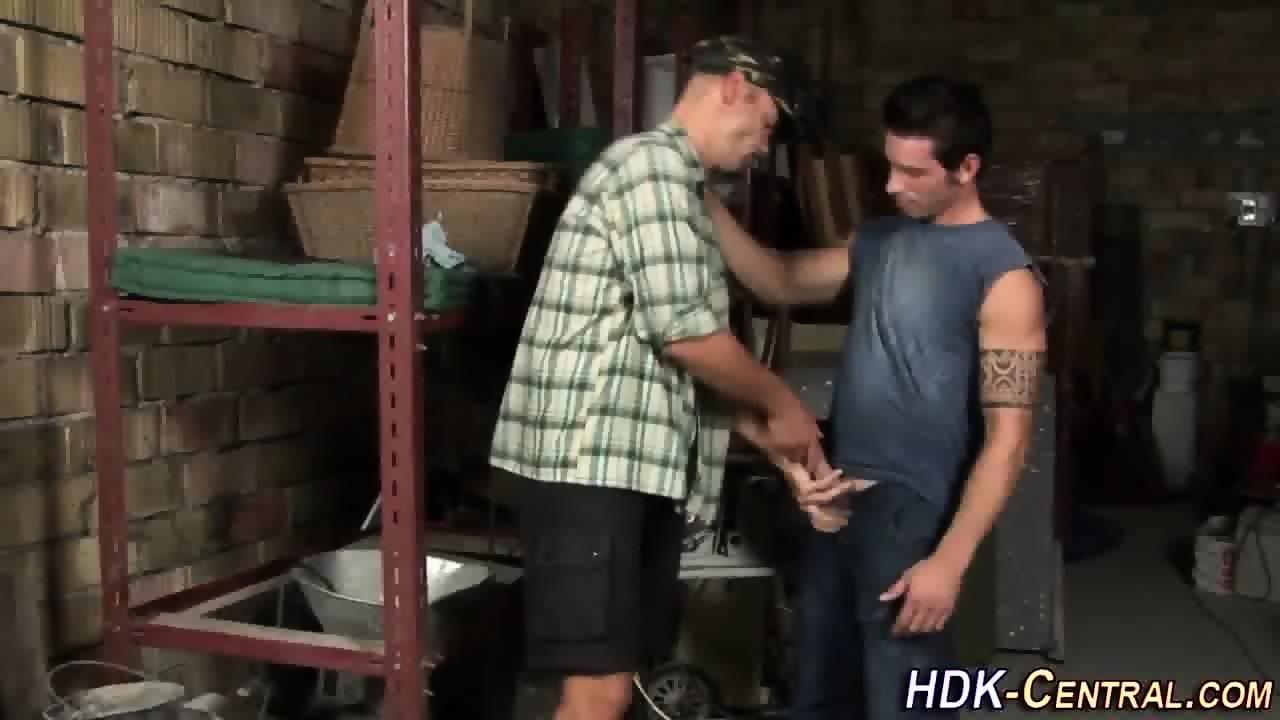 Mechanics Raw Fucked Ass