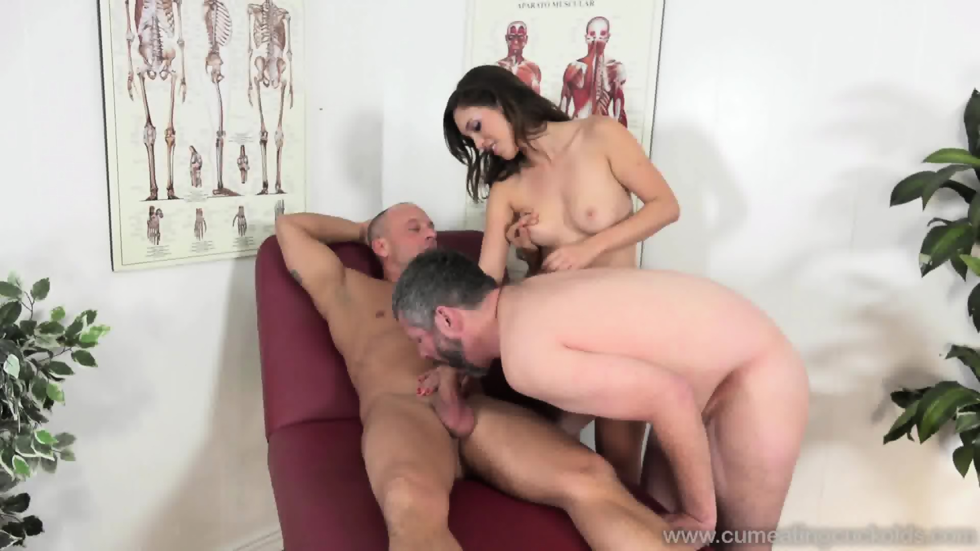 sexy babe and her bisexual husband - eporner