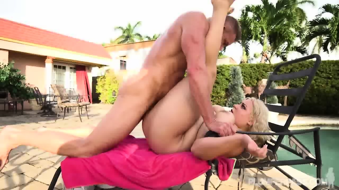 Sexy hot babe gif pounded