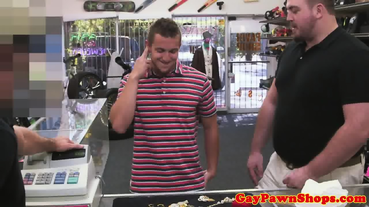 Straight Pawnshop Amateur Cocksucked For Cash