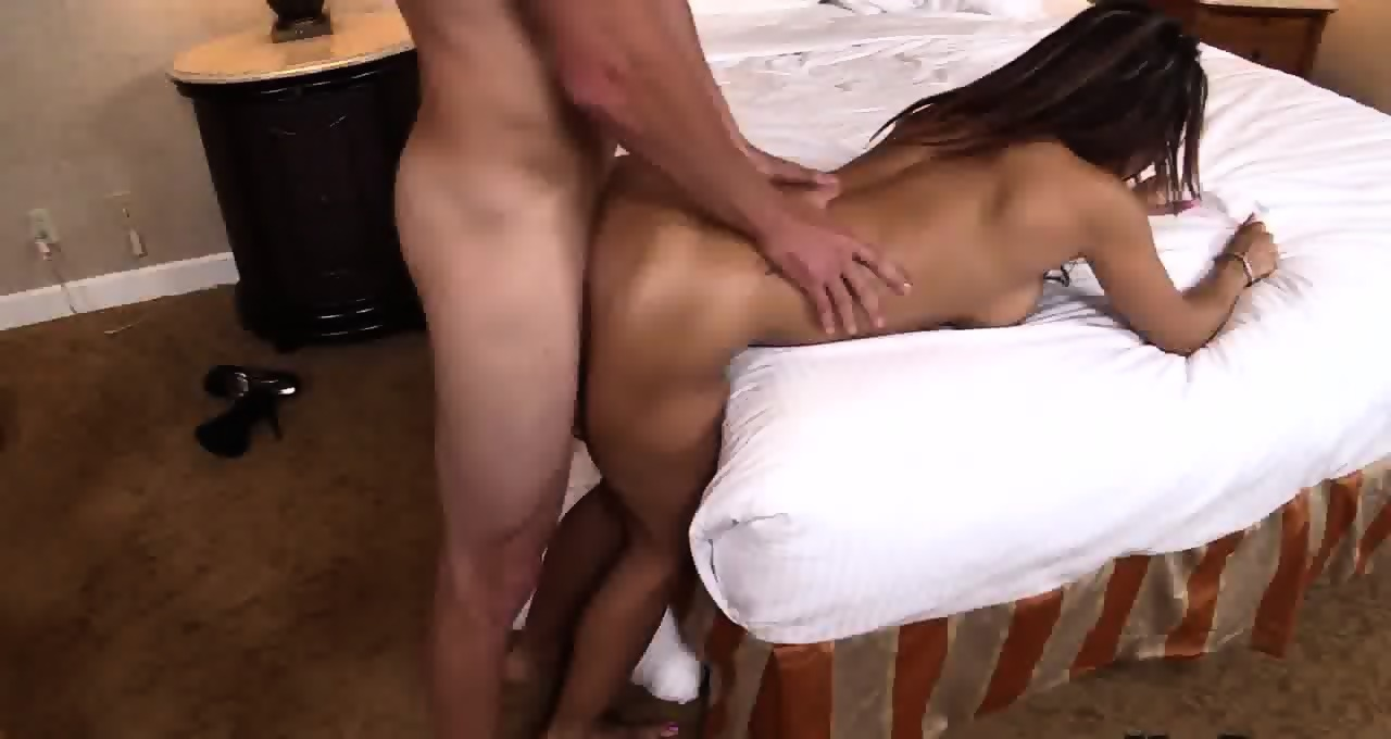 latina mom getting pounded from behind - eporner